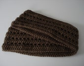 Handmade Crochet Medium Chocolate Cocoa Brown Infinity Continuous Circular Circle Loop Scarf Soft Warm Neck Wrap for Women and Teens