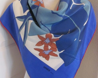 """Vintage Gres Paris // Lovely White Blue Soft Silk Scarf  // 34"""" Inch 88cm Square // Best of the Best"""
