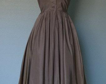 1950s Anne Fogarty Margot Inc // Mocha Taffeta Shirtwaist New Look // Tailored Dress // Full Skirt