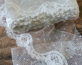 Dainty Antique Netting Dotted Lace Trim Scalloped Edging Doll Bear Clothing