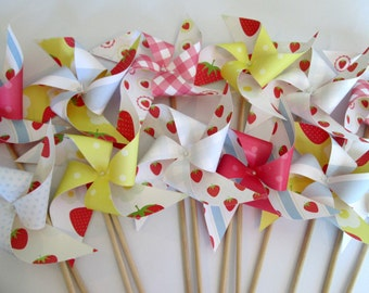 Strawberry Favors 12 Paper Pinwheels Strawberries and Gingham Birthday Party Favors Baby Shower Favors Table Centerpiece Party Decoration