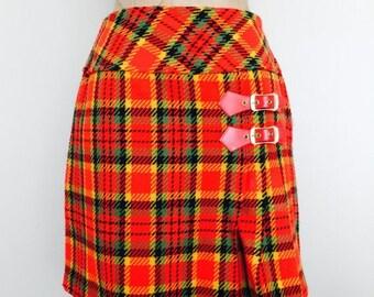SALE 1970's Bright Plaid Mod Mini Go Go Skirt Sz Small by Maeberry Vintage