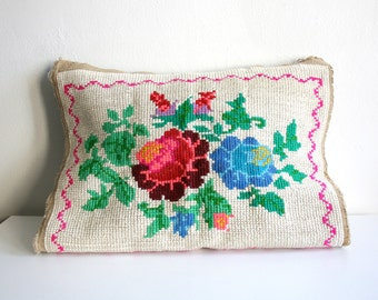 SALE Ivory Floral Bouquet Needlepoint Pillow Front