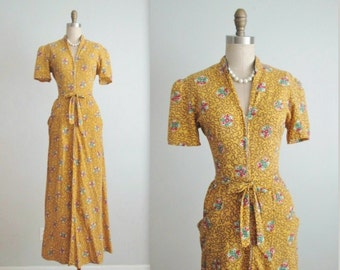 40's Dressing Gown // Vintage 1940's Vibrant Yellow Cotton House Dress Dressing Gown M