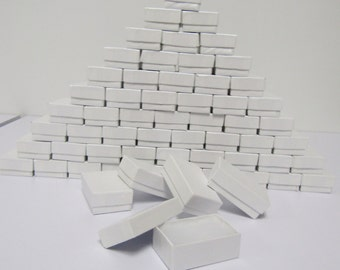 100 Pack - White (2.5 x 1.5 x 1 in.) Cotton Filled Boxes