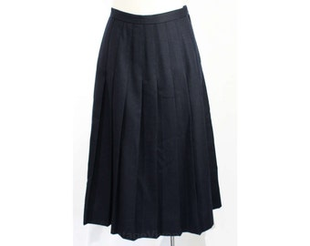 Size 8 Navy Skirt - Brooks Brothers Dark Blue Wool Pleated Skirt - 1980s 1990s Preppie Classic - Timeless Brooks Bros - Waist 26.5 - 46922