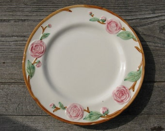 metlox pottery camellia dinner plate 1940s california pottery hand painted
