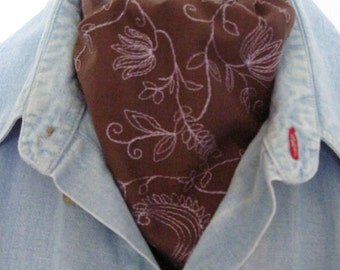 Ascot Tie Cravat. Very Unique. Embroidered light cotton.