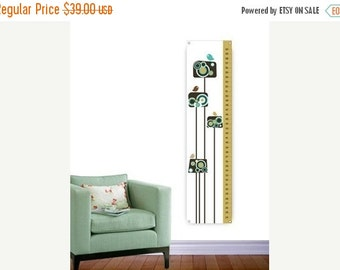 ON SALE Flowers and Birds - Personalized Growth Chart