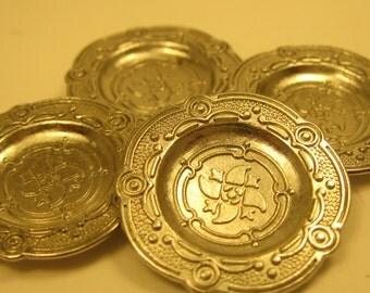Miniature Metal Silver Plate Set Dollhouse Display