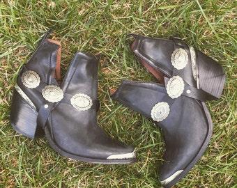 Ramble On Concho Bootstraps