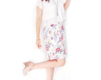 Vintage SALE - Vintage Pastel Floral Bouquet Pink Roses Skirt - Summer Flower Power - Pink Green White - Pencil Skirt