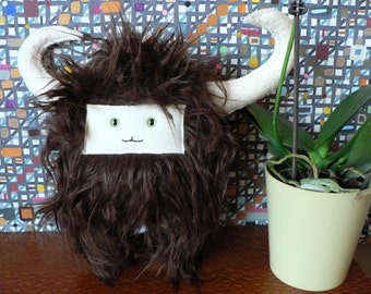 Wild Thing Theory Monster Plush Toy: Ebonn