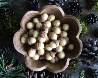 Felted wool acorns, Sherbet Yellow, set of 50, waldorf toy, yellow felt acorns, bulk felt acorns, autumn wedding decor, unisex baby shower