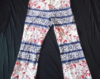 BOLD Patriotic Floral Print & Striped Vintage 1960's Women's Summer Pants M