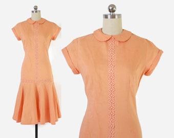 Vintage 60s Peach DRESS / 1960s Peter Pan Collar Drop Waist Lace Trim Melon Cotton Dress S- M