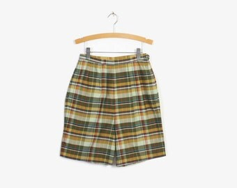 Vintage 60s SHORTS / 1960s High Waisted Cotton Olive Green Plaid Shorts XS