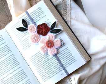 Bookmark, Unique Bookmark, Reader Gift, Best Friend Gift, Teacher Gift, Teacher Appreciation Gift, Bookclub Gift, Gift for Bookw