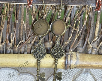 6pcs Unique new style Antiqued bronze Earwires Hook With Round Cabochon Pad,key Beautiful Detail, Earrings hook,earring finding base