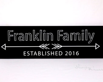 Wedding Gift - ARROWS Family Established Sign - Wedding sign, personalized family name signs, custom wood sign, arrow wood sign