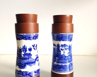 Mid Century Blue White Asian Wooden Salt & Pepper Shakers