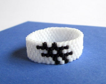 Social Media Hashtag Bead Ring  Black and White Hashtag  Minimalist Beaded Geeky Jewelry  Gift for Geek  Nerdy Ring  #Hashtag Casual Jewelry