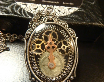 Clockwork Gears with Watch Hand Steampunk Pendant Necklace  (1943)