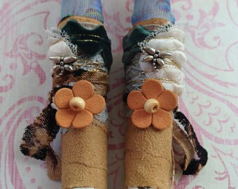 Gypsy boots shoes fit for Blythe or Licca doll ~~ Vintage Lace wrapped boots ~~ Dragonflies Mori Boho