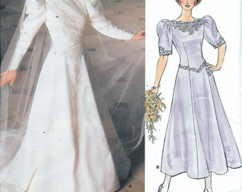 Wedding Dress Bridal Gown Vogue 1679 Vintage 80s Sewing Pattern Gathered Flare Skirt Shaped Bodice Size 10