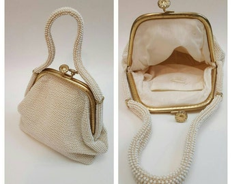 Vintage 60s Beaded Purse Kiss Lock Closure Handbag