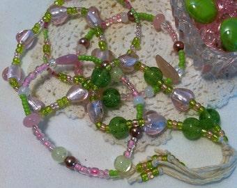 "HANDMADE ""Glow in the Dark"" Glass Bead Bangle Bracelets"