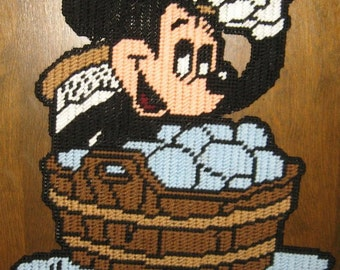Bath Time Mickey Mouse Plastic Canvas Pattern