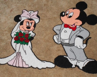 Wedding Day Mickey and Minnie Mouse Plastic canvas Pattern