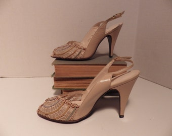 Vintage 1950s Bombshell Heels mesh pumps strappy stilettos size 7!