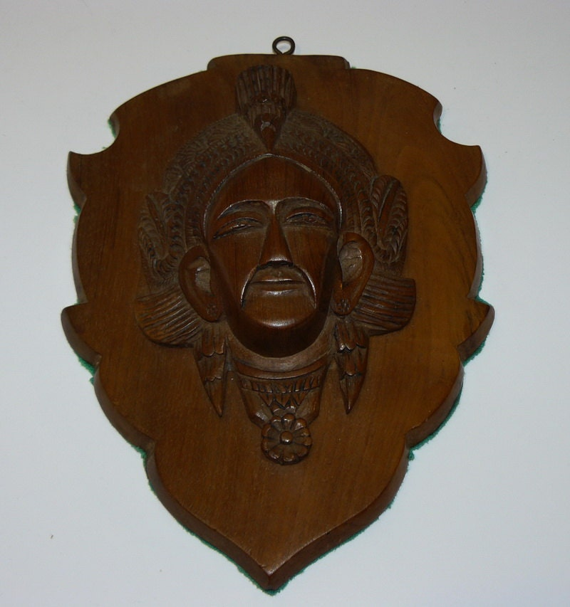 Vintage balinese wall hanging head headdress wood carving