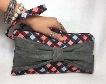 Geo Wristlet, Handbag with a bow, Clutch with a bow, Spring wristlet, Summer Wristlet, Grey bow, gray bow purse, bag, , LW11X5C-GGBow