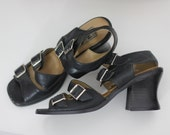 70s 80s Vintage Chunky Heel Sandals Hippie Gladiator Muted Navy Buckle Up Shoes