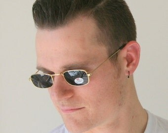 The ROUND SPECTACLES Sunglasses...uv. lennon. round lens. retro. sunglasses. rad. hipster. urban. rock n roll. glass. mod. indie. spectacles