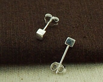 1 pair of 925 Sterling Silver Tiny Cube Stud Earrings 3mm, minimalist earrings  :er0970