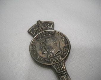 Canada WM Rogers Collectible Souvenir Spoon