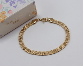 Vintage 1991 Avon Twice As Nice Gold Tone Reversible I Love You Heart Flat Textured Chain Bracelet in Original Box NIB