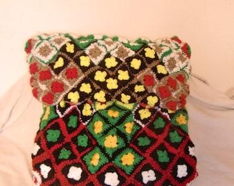 Granny Square motif travel bag