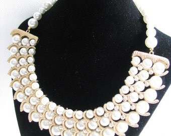 Faux Pearl Collar Wedding Necklace and Earring Set in Gold tone and Faux Pearls Great Bridal Wedding Jewelry