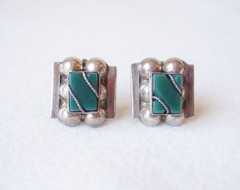 Vintage Mexican Sterling Silver Green Onyx Screw Back Earrings