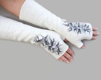 Long Felted Fingerless gloves Fingerless Mittens Arm warmers Gloves White Grey Floral