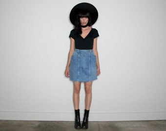 Fray Hem GUESS Vintage DENIM Skirt 90s High Waist VTG Size 26 Waist