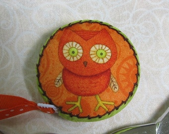 Retractable tape measure, covered with whimsical owl fabric