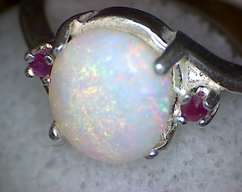 Beautiful Australian Opal w Ruby Ring
