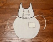 vintage 30s 40s cat apron child apron handmade homemade 1930 1940 linen kitchen Halloween embroidered bow tie