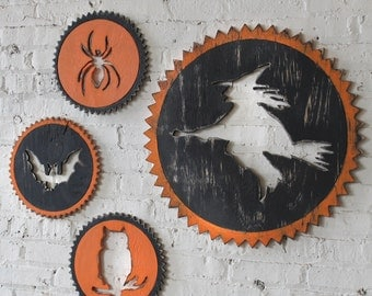 Retro Witch Sign, Halloween Decor, Witch Party Decoration Vintage Style, Rat, Owl, Spider Style too